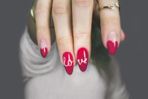 Fingernägel Design Love